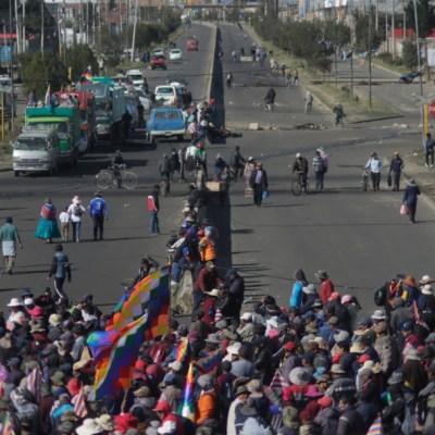 En Bolivia, escasez de alimentos y gasolina por protestas