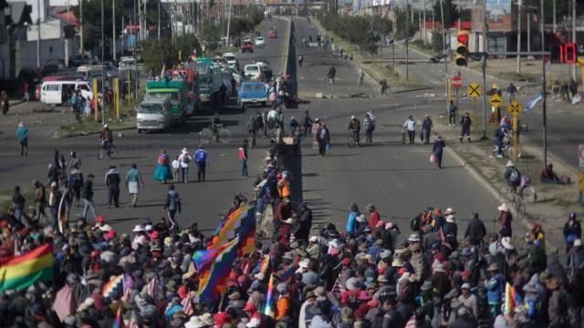 FOTO En Bolivia, escasez de alimentos y gasolina por protestas (Getty Images)