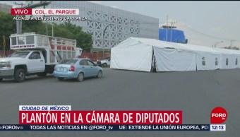 Campesinos bloquean Congreso de la Unión durante plantón