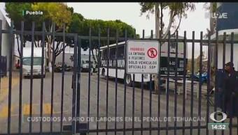 FOTO: Custodios penal Tehuacán Puebla paran labores