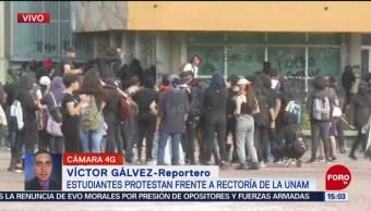 FOTO: Encapuchados realizan actos vandálicos Rectoría UNAM