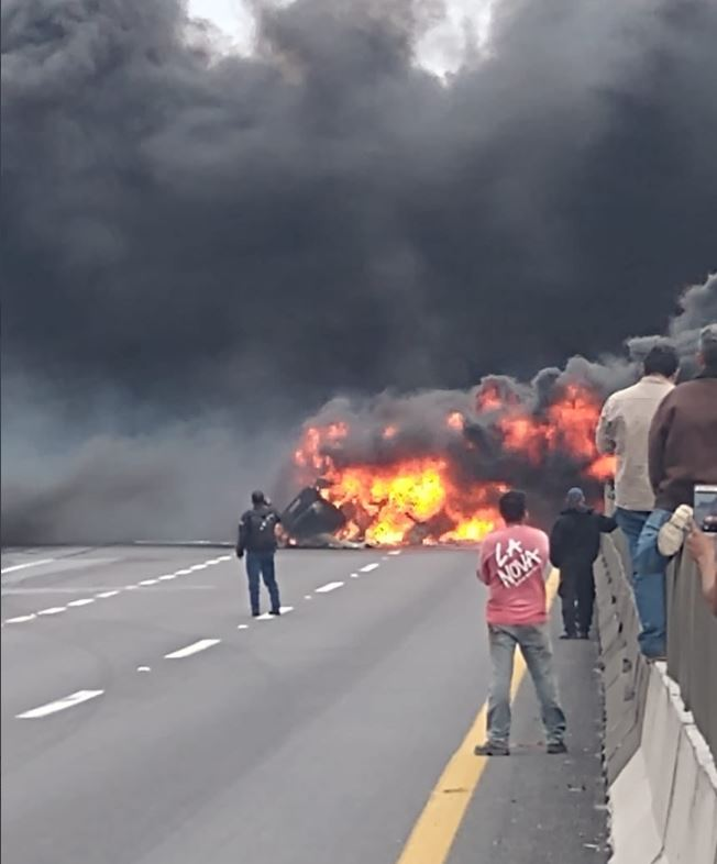 Incendio pipa de gasolina, 15 noviembre 2019