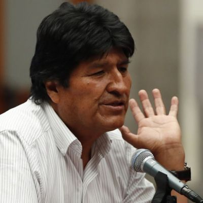 México defiende libertad de expresión de Evo Morales, 'no viola asilo', señalan