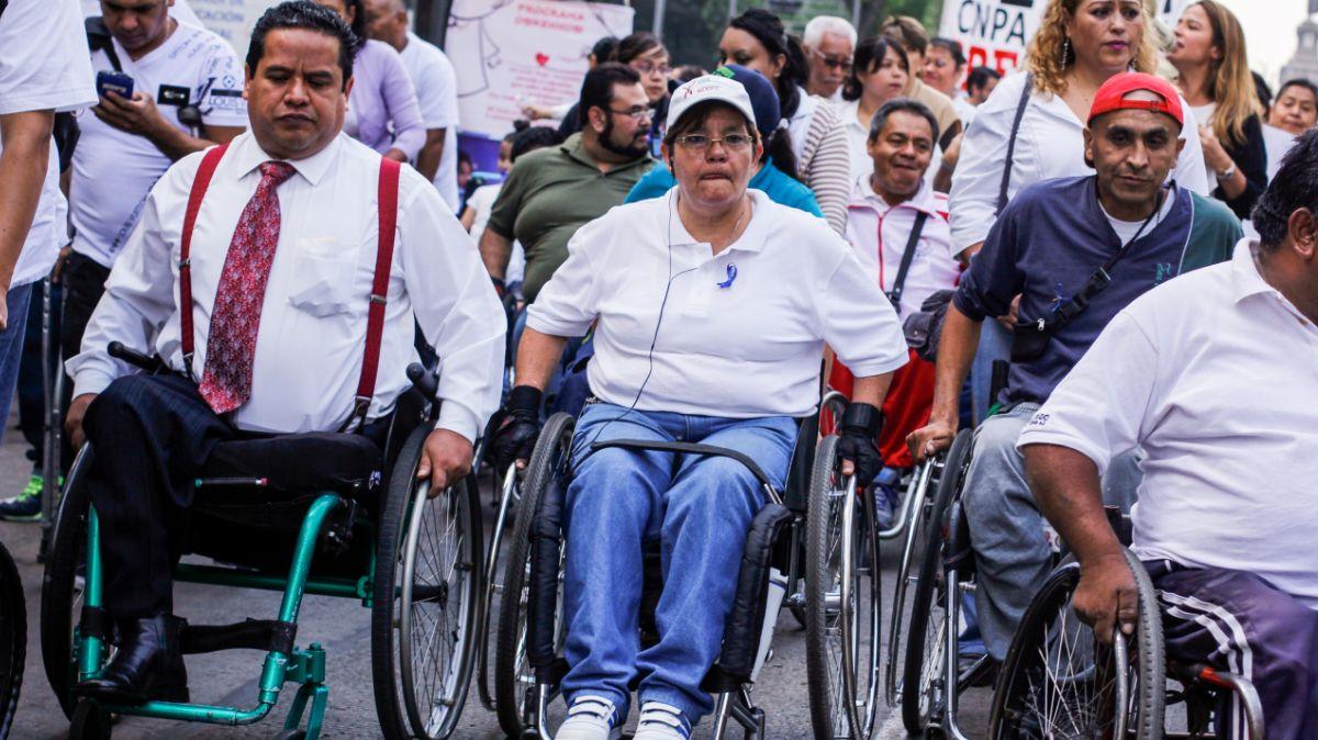 Foto: Personas en silla de ruedas protestan en las calles de México. Cuartoscuro
