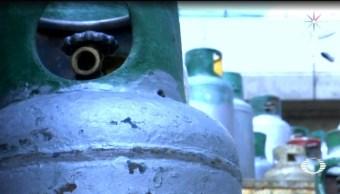 Foto: Empresas de gas LP buscan, por medio de una garantía o depósito por cada tanque, bajar costos por reposición de cilindros, mismos que, dicen, desde hace más de un año se usan para llenado de gas ilegal