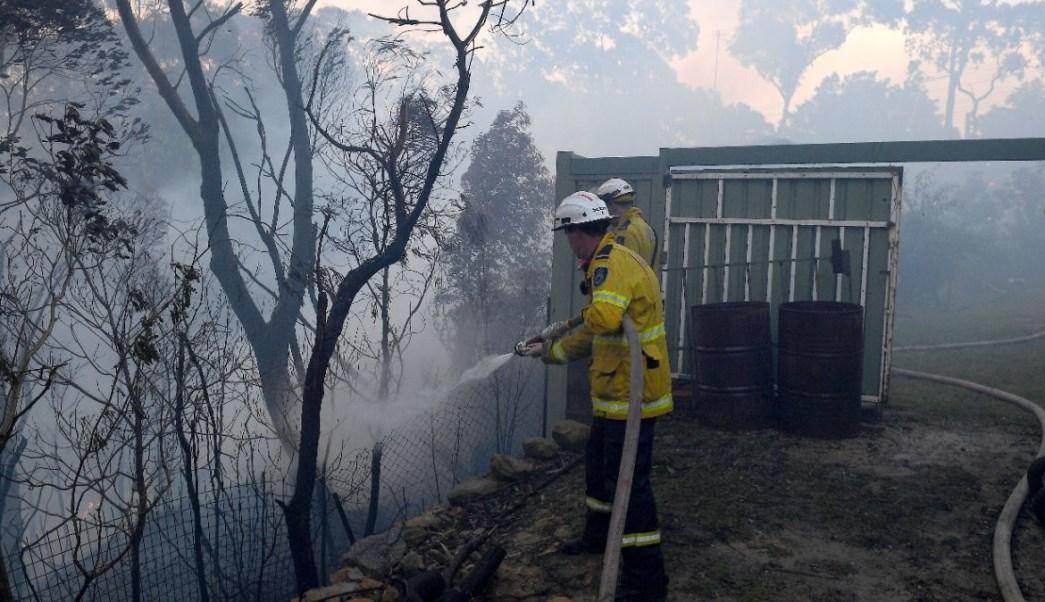Incendios en Australia dejan un muerto y 35 heridos