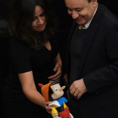 Javier Duarte critica a panista que dio Pinocho a Durazo