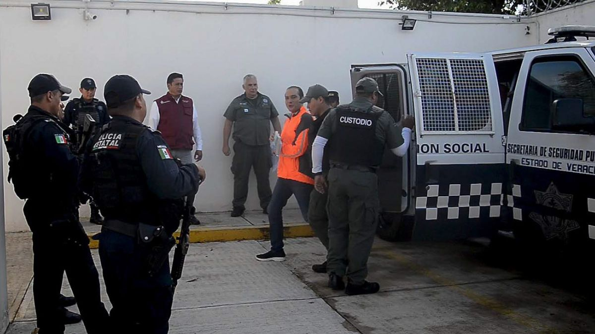 Luis Ángel Bravo Contreras, exfiscal de Veracruz.