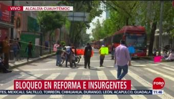 Papás de niños con cáncer bloquean Insurgentes; afectan servicio de la L1 del Metrobús