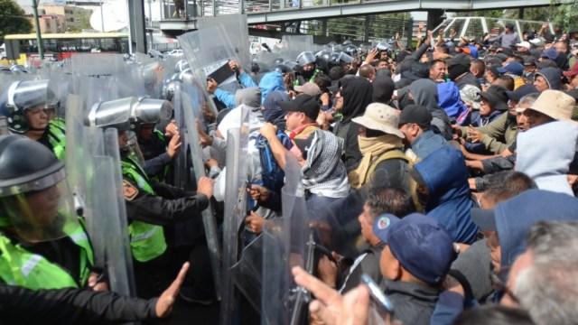 FOTO Policías federales 'tunden' al nuevo protocolo antibloqueos CDMX
