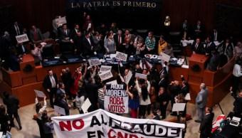 Entre protestas, Rosario Piedra rindió protesta en el Senado como titular de la CNDH. (GALO CAÑAS /CUARTOSCURO)