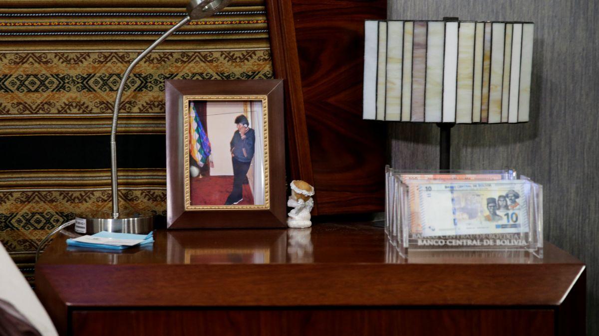 Exhiben lujosa casa de Evo Morales.