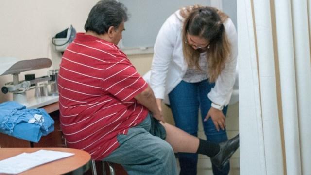 Imagen: El especialista en salud mental y psicología forense, Paulino Dzib Aguilar, confirmó que los desórdenes alimenticios y padecimientos como la obesidad, sí representan un alto riesgo para la salud mental de quienes los sufren