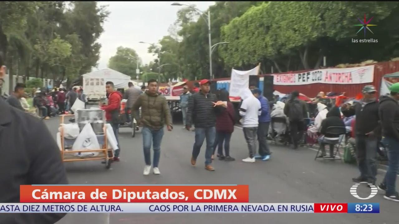 Siguen campamento manifestantes Cámara Diputados - Noticieros Televisa