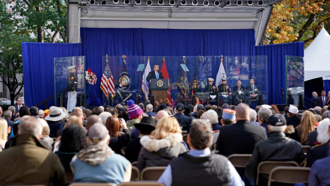 Foto: Los más de 25.000 participantes en el desfile incluyen veteranos, militares en servicio activo y sus simpatizantes, 11 de noviembre de 2019 (AP)