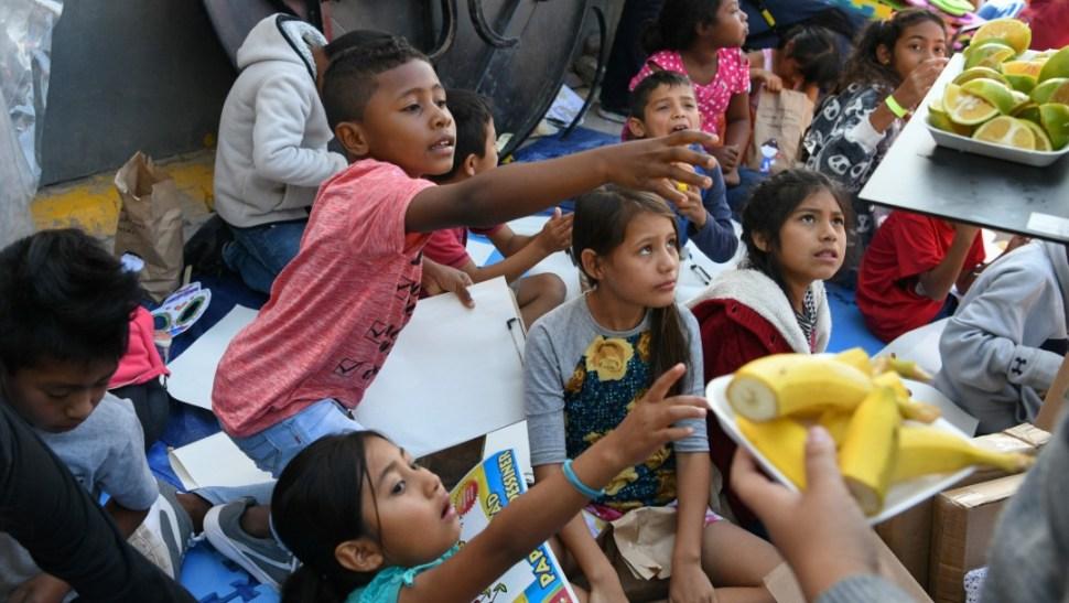 Foto: Altar recuerda en Los Ángeles que las políticas migratorias 'matan niños', 27 de octubre de 2019, Tamaulipas