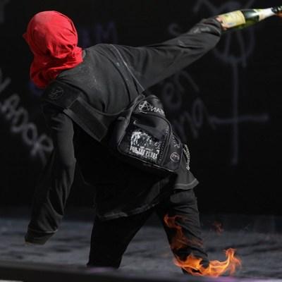 Sheinbaum condena vandalismo en la UNAM