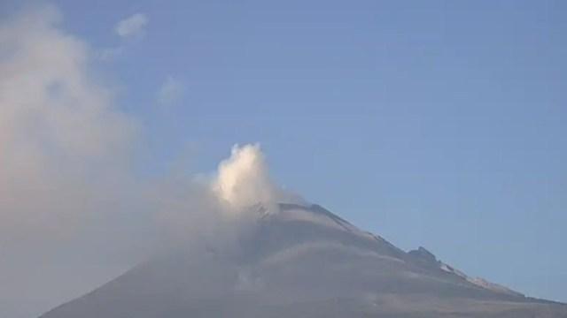 Foto: El Cenapred exhorta a no acercarse al volcán y sobre todo al cráter, 18 de noviembre de 2019 (Twitter @PC_Estatal)