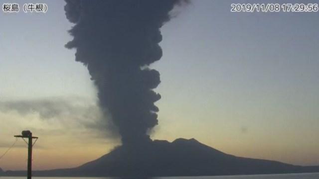 El volcán de Sakurajima, en el suroeste de Japón, hizo erupción., 9 noviembre 2019