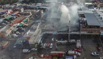 FOTO Los locatarios afectados señalaron que posiblemente los locales tendrán que ser demolidos como medida de seguridad, 2 de noviembre de 2019 (Noticieros Televisa)