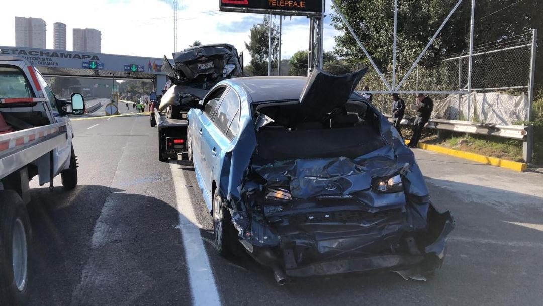 Foto: Tráiler embistió varios autos particulares sobre la autopista Chamapa-Lechería, 13 diciembre 2019