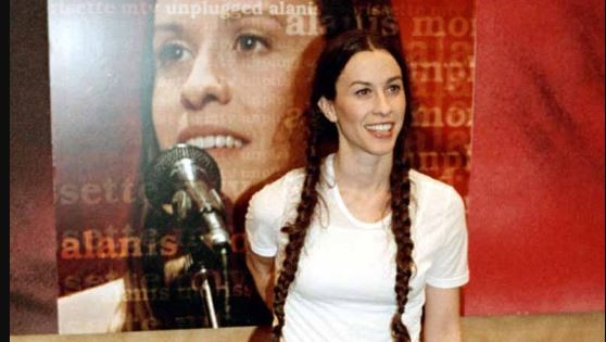 Alanis Morissette compartirá escenario con Garbage