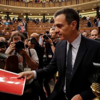 Rey de España designa a Pedro Sánchez como candidato a presidente