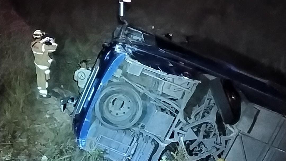 Autobús cae a barranco en carretera a Colotlán, mueren 4