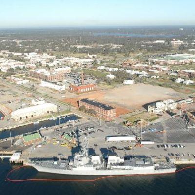 Muere tirador de Base Naval Aérea de Pensacola, Florida
