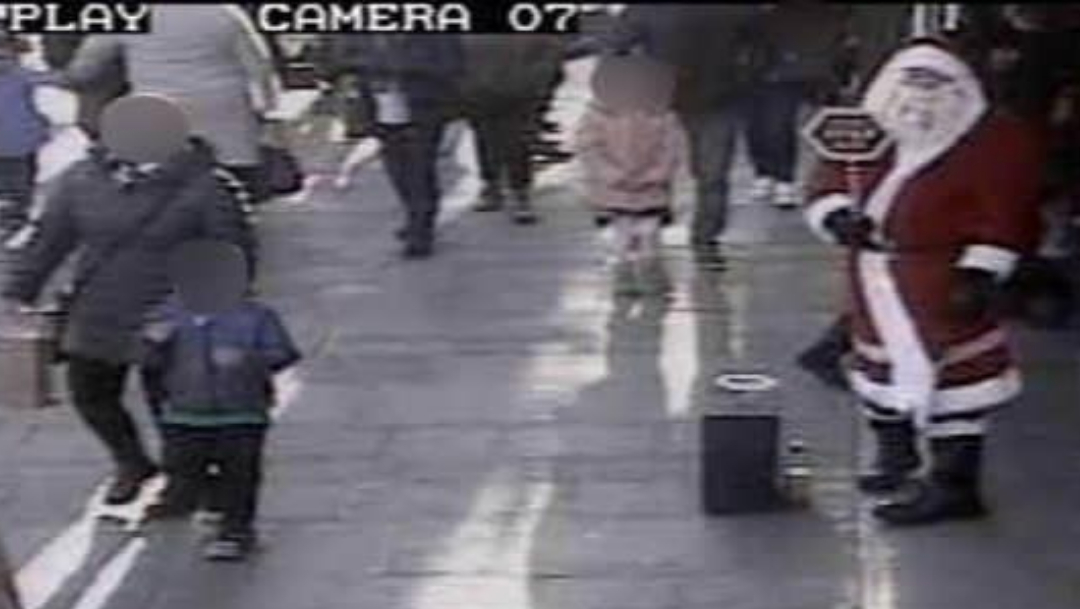 Detienen a pedófilo que se disfrazaba de Santa Claus para acercarse a niños