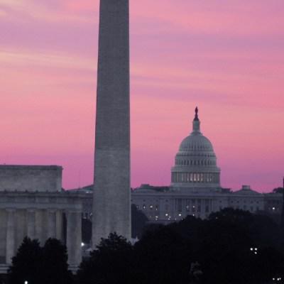 FOTO Cerca, acuerdo en EEUU sobre T-MEC con México y Canadá; en la imagen, vista panorámica del Capitolio (AP, archivo)