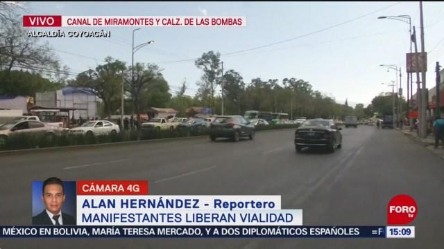 FOTO: comerciantes liberan vialidad en canal de miramontes cdmx