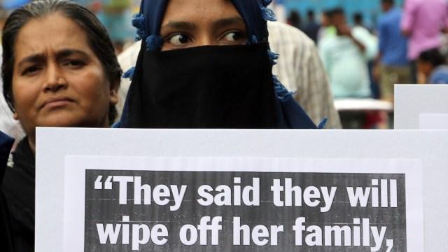 Condenan a parlamentario por violar a adolescente en India