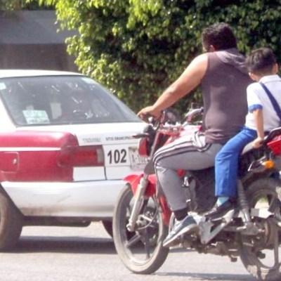 Foto: Prohíben en Yucatán que niños menores de 5 años viajen en moto, 4 de diciembre de 2019 (Twitter @diario_objetivo Anwar Delgado, archivo)
