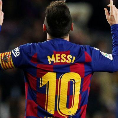 Foto: Lionel Messi celebra un gol durante un partido contra el Mallorca en la liga española de futbol. Reuters