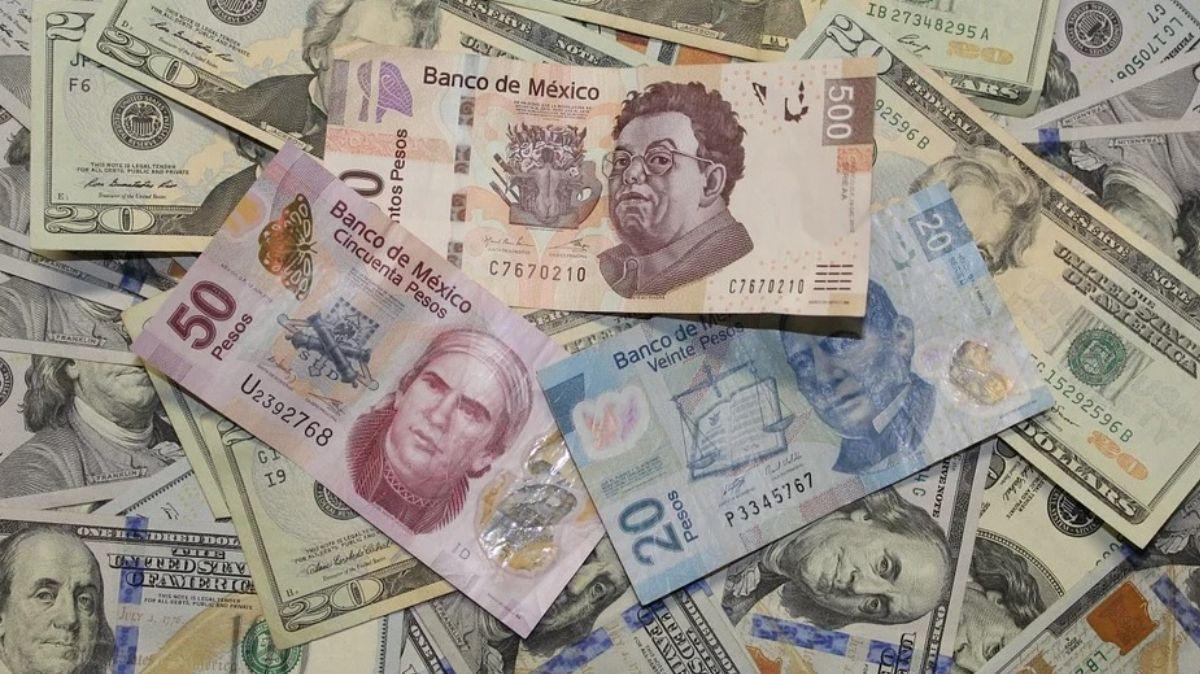 FOTO: Dólar supera barrera de los 23 pesos por segundo día consecutivo, el 17 de marzo de 2020