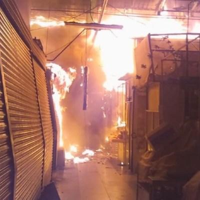 Fotos: Fuerte incendio consume el mercado San Cosme, en alcaldía Cuauhtémoc