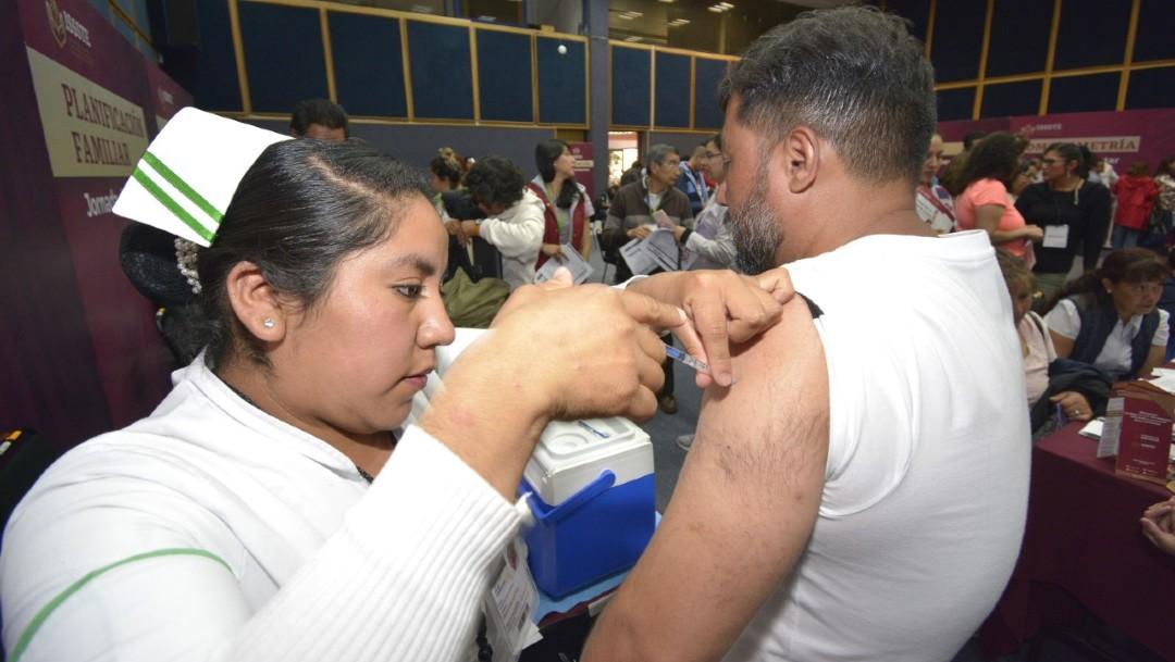 Foto: Mediante las 28 Jornadas de Bienestar, fueron atendidos 16 mil trabajadores, de los cuales 903 lograron detectar y prevenir a tiempo algún factor de riesgo de salud