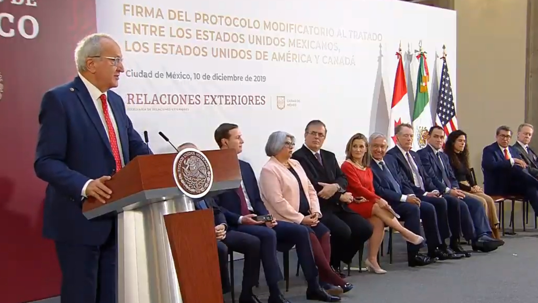 FOTO Jesús Seade durante la firma de la nueva versión del T-MEC (YouTube)