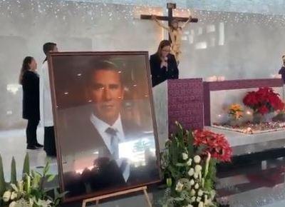 PAN realiza misa por primer aniversario luctuoso de Alonso y Moreno Valle