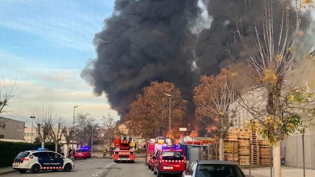 Se incendia una planta de reciclaje en España