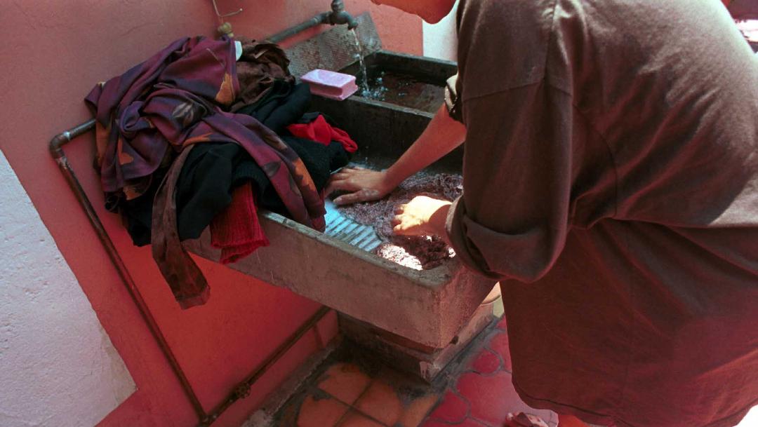 12 mil trabajadores del hogar afiliados, 76% mujeres — IMSS