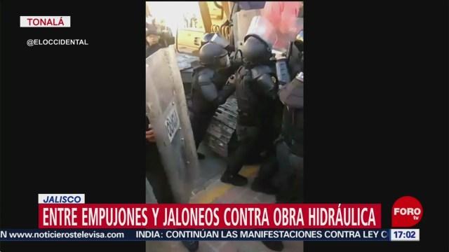 Foto: Vecinos Protagonizan Trifulca Obra Hidráulica Tonalá Jalisco 27 Diciembre 2019