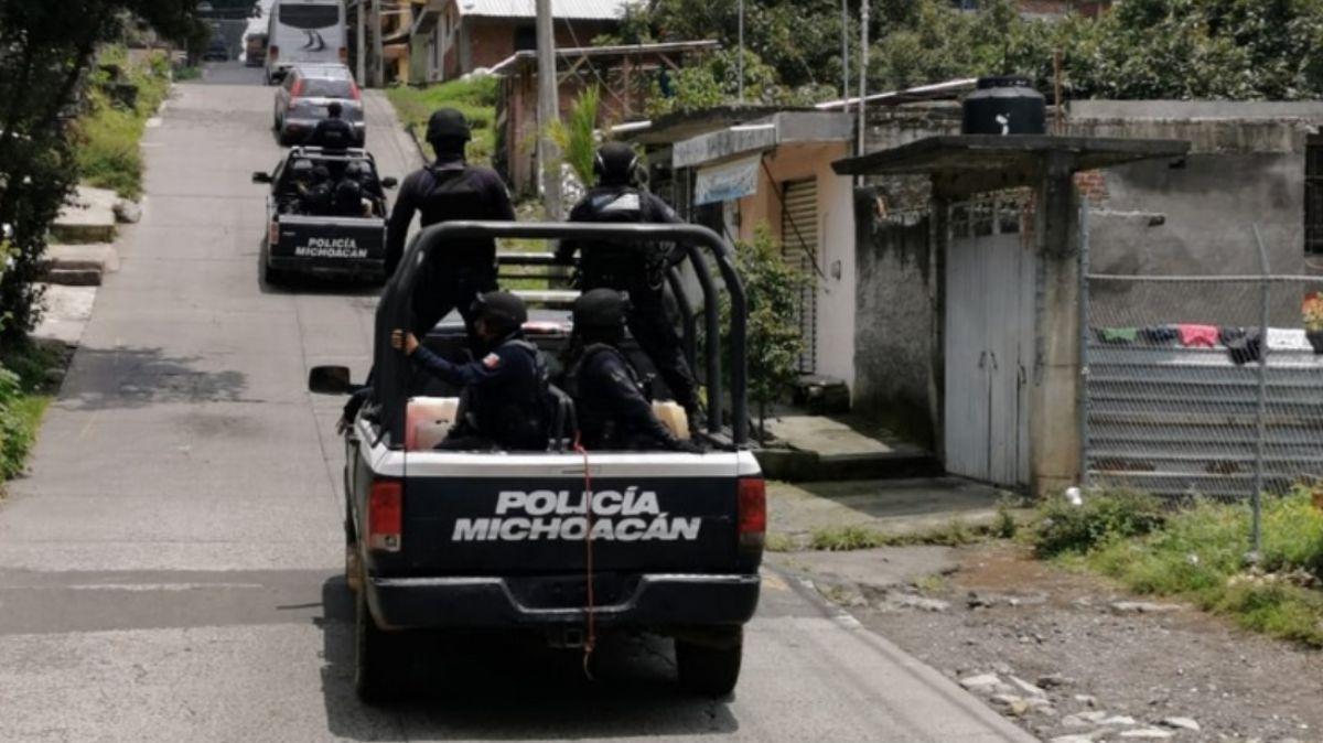Atacan a policías de Epitacio Huerta, Michoacán
