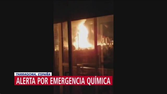 FOTO: alerta por emergencia quimica en tarragona espana