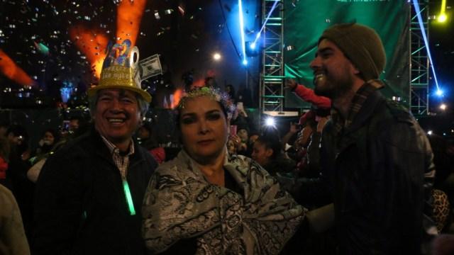 Con gran fiesta, turistas despiden el 2019 en CDMX