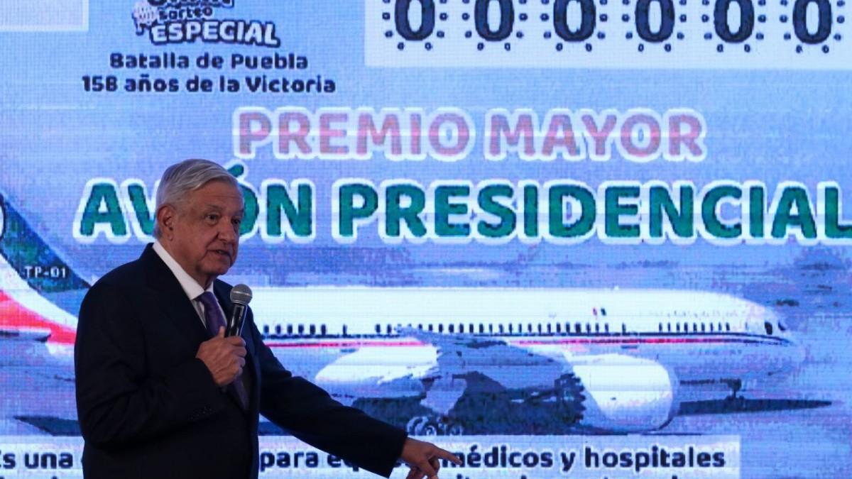 Boleto para rifa de avión presidencial es un distractor: PAN