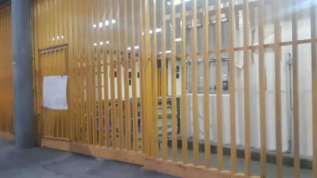 Foto: Continúa cerrada la Prepa 7, tras entrega de las instalaciones
