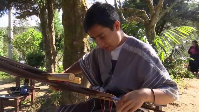 disenador indigena mexicano pide ayuda por contratiempo en aduana de eeuu