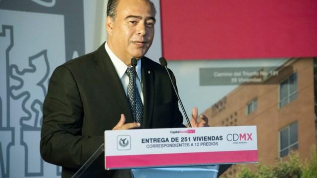 Empresarios constructores denunciaron a Raymundo Collins